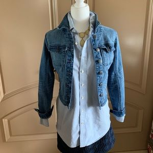 SOLD American Rag Med Wash Cropped Jean Jacket EUC